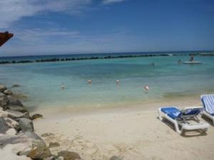 swimming lagoon renaissance island