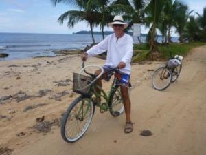 cycle tour around Bocas