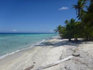 Fakarave beach at PK9