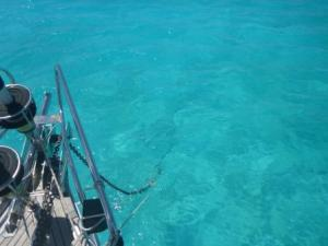 wonderful clarity of the water- anchor chain clearly visible