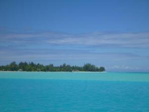 shades of blue at motu piti au