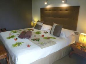 Raiatea lodge hotel room